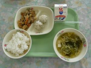 今日の給食のご飯は、鹿嶋市のコシヒカリでした。おいしくいただきました。\