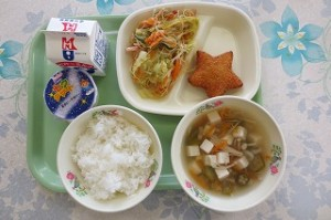 スターコロッケと春雨の中華サラダ、☆の子汁、七夕ゼリー