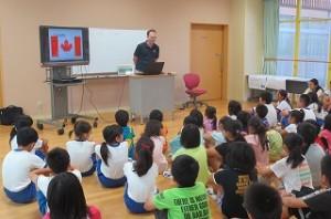 ジンク先生がカナダを紹介してくれました。\