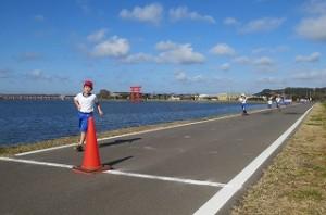 今日は,とてもよい天気で,子ども達も気持ちよく走りました。\