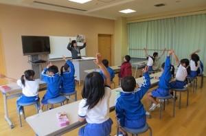 子ども達はノリノリで学習しました。\
