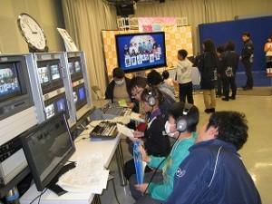 NHK水戸放送局で役割分担をしてニュース番組作りをしました。\\