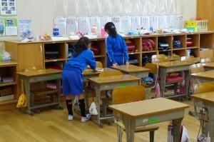 2年の教室掃除