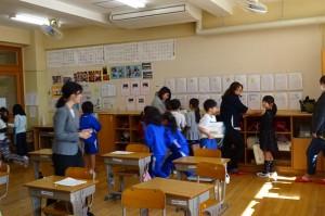 2校時は全学級道徳を、3校時は各教科を公開しました